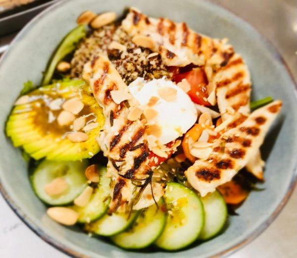 Salade complète - Pokebowl poulet